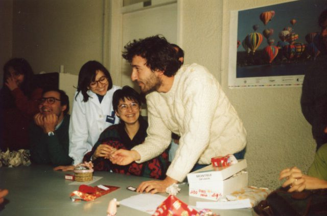 PhD students, Department of Biochemistry and Molecular Biology, Universitat Autònoma de Barcelona. With Ester, Juli, Helena and Irene. Amic invisible, 1991.